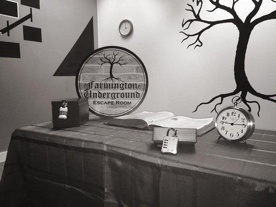Farmington, ME: Our first room, Enter the Underground