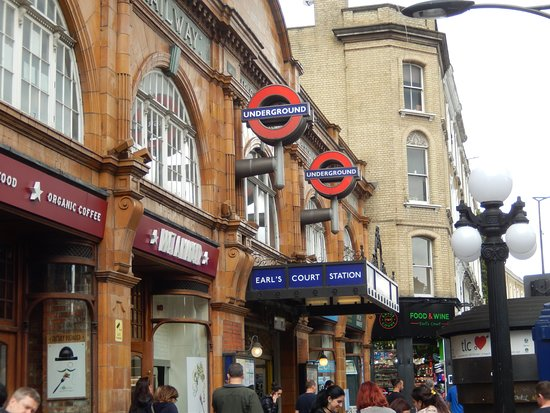 earls court tube 3 minutes from city continental hotel. Black Bedroom Furniture Sets. Home Design Ideas