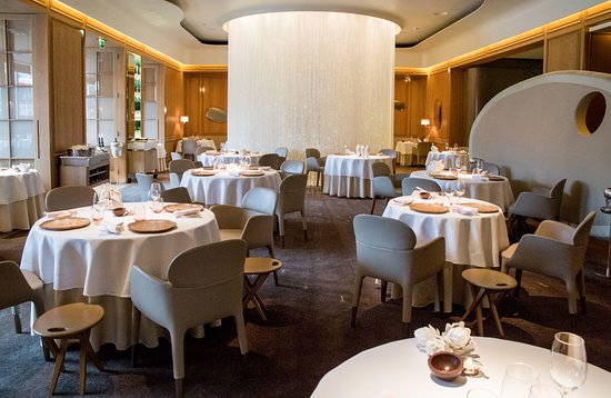 Table Lumiere - Private Dining - Review of Alain Ducasse at The ...