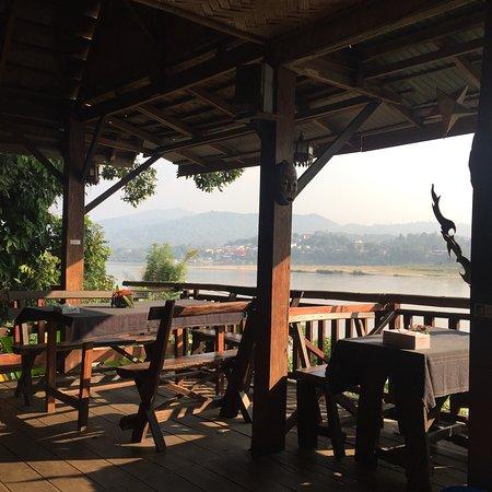 Baan Tammila: super comfortable common area / restaurant