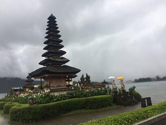 Gerokgak, Indonesia: Beratan Temple