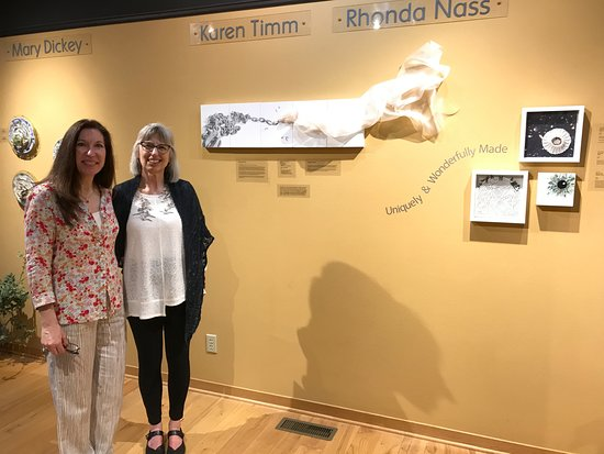 Prairie du Sac, WI: Artists Rhonda Nass and Karen Timm