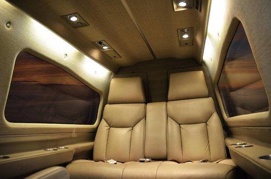 Posada Acuario: interior de aviones
