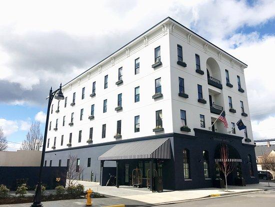 Atticus Hotel