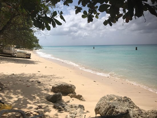 Porters, Barbados: The beach in front of the bar, 3/2018