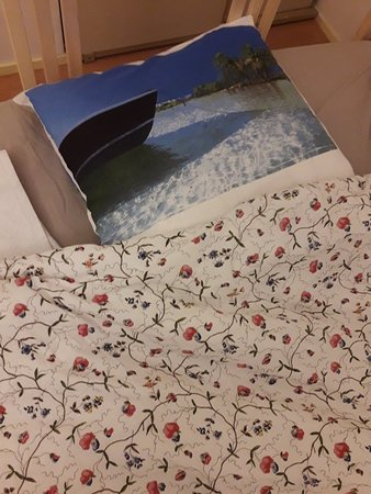 Une parrure de lit très chamarrée!