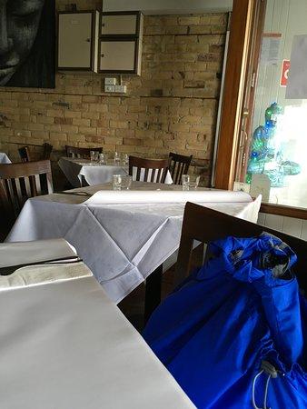Devonport, Neuseeland: Buddha Greets you as you enter the restaurant