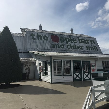 The Apple Barn Cider Mill And General Store : photo4.jpg