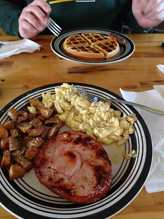 The Pit Stop Pub Amp Grub Chippewa Falls Restaurant