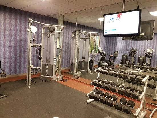 Cincinnati Airport Marriott: Strength training!