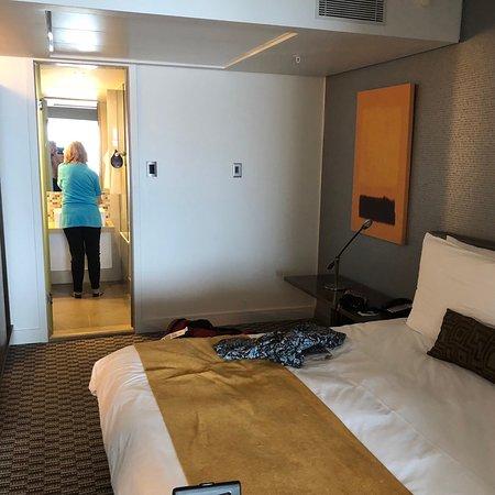 Convenient location comfortable hotel
