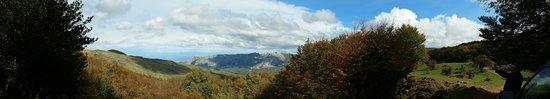 Cesaro, Italy: escursioni inncc leanza 4x4 fuoristrada parco dei nebrodi  Cesarò Messina rocche del crasto
