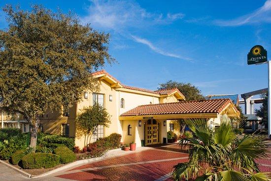 La Quinta Inn Austin South / IH35: Exterior
