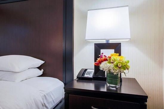 Alsip, IL: Guest room