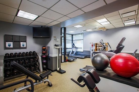 Alsip, IL: Health club