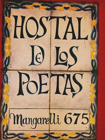 Hostal de los Poetas: Fachada histórica