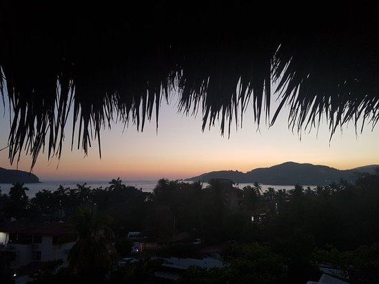 Playa la Ropa: 20180329_191257_large.jpg