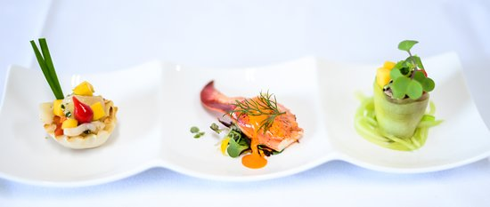 rent a chef deluxe canapes - Canape De Luxe