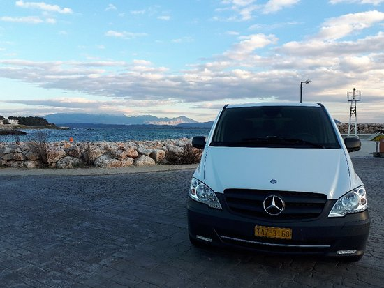 Preveza Taxi & Minivan Transfers: V.I.P minivan for eight people !!