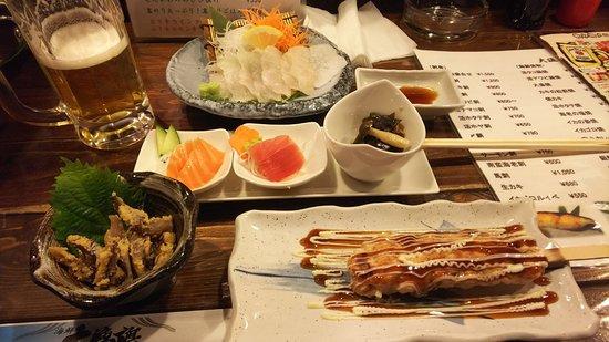 Kaisen Robatayaki Dairyobata: 海の幸もりだくさん