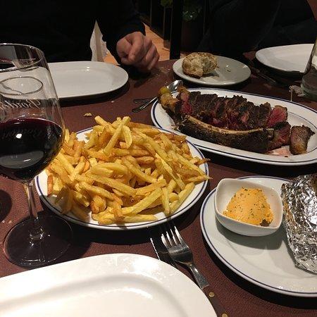 Cuarto y Mitad, Madrid - Restaurant Bewertungen, Telefonnummer ...