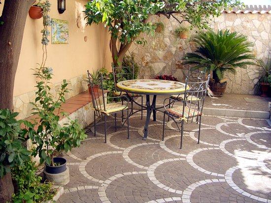 Villa Pollio: Garden