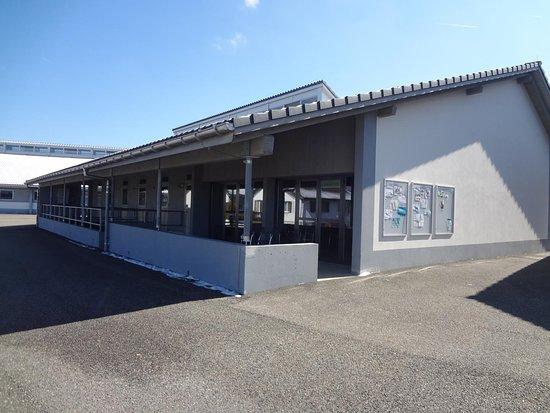 Les Breuleux, سويسرا: Fondation Le Roselet - Ecuries et boxes et salle expo