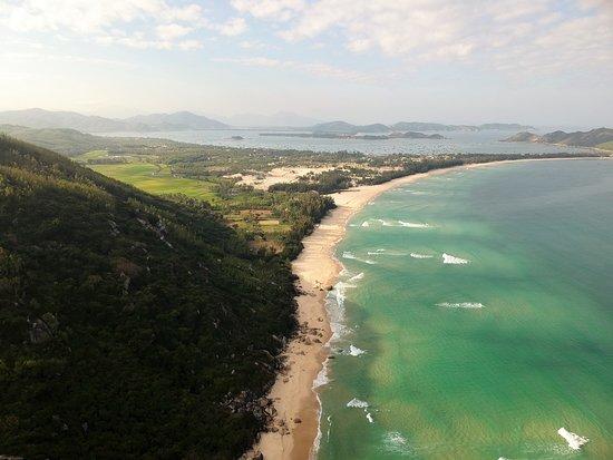 Song Cau Town, Βιετνάμ: Die Halbinsel Vinh Hoa von oben