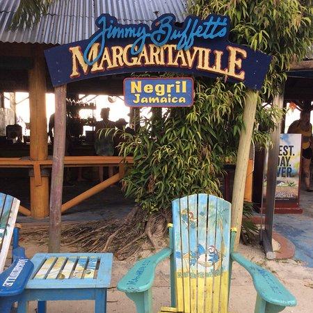 Jimmy Buffett's Margaritaville Negril: photo0.jpg