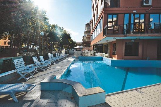 Hotel apollo cesenatico itali foto 39 s reviews en - Bagno giorgio cesenatico ...