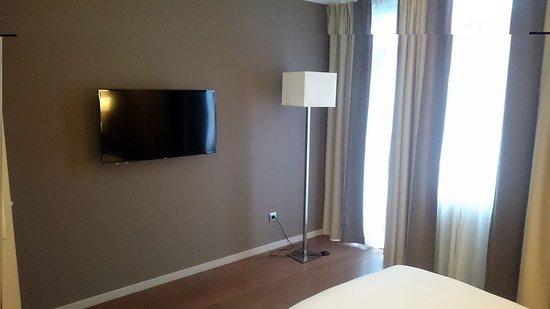 Radisson Blu Balm Hotel Spa Tv Im Schlafzimmer