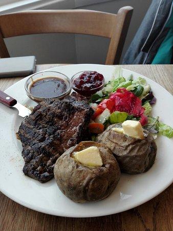 Akureyri Food Guide: 10 Must-Eat Restaurants & Street Food Stalls in Akureyri