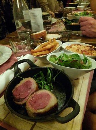 Restaurant les copains debarquent dans strasbourg avec for Diner entre copains