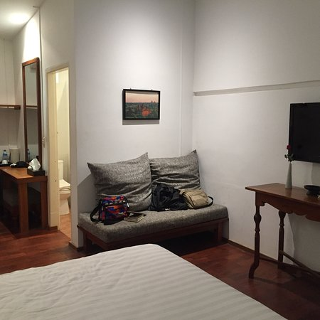 Oasis Hotel : photo1.jpg