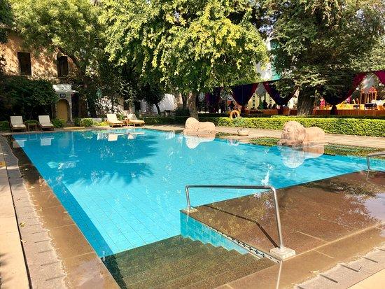 Taj usha kiran palace gwalior bewertungen fotos for Swimming pool preisvergleich
