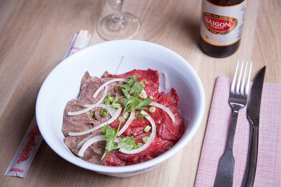 Chez Nam: Soupe Pho au boeuf avant de vous servir !