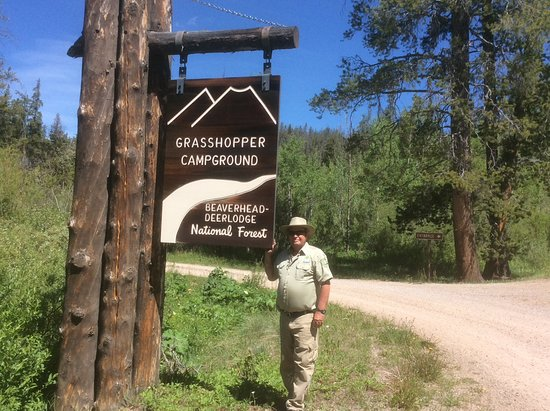 Polaris, MT: Grasshopper campground less than a 1/4 away