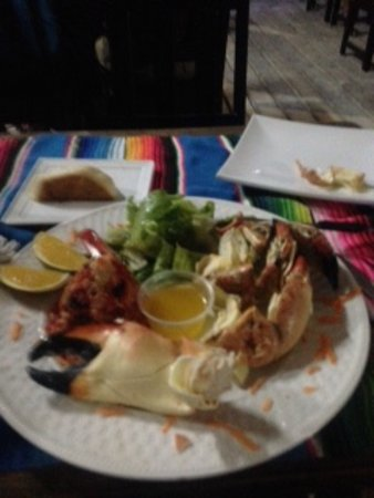 Rose's Grill & Bar: Stone crab dinner - unbeliezable! :)