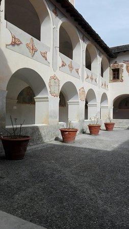 Saorge, France : Monastero francescano dedicato alla cultura