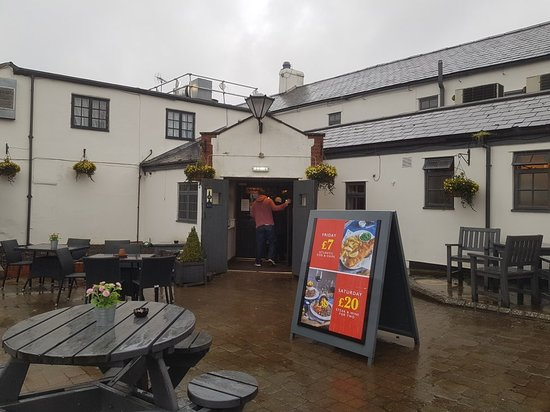 Brackley, UK: 20180330_174457_large.jpg