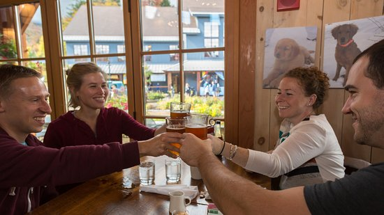 Warren, VT: Local brews are always available at Rumble's.