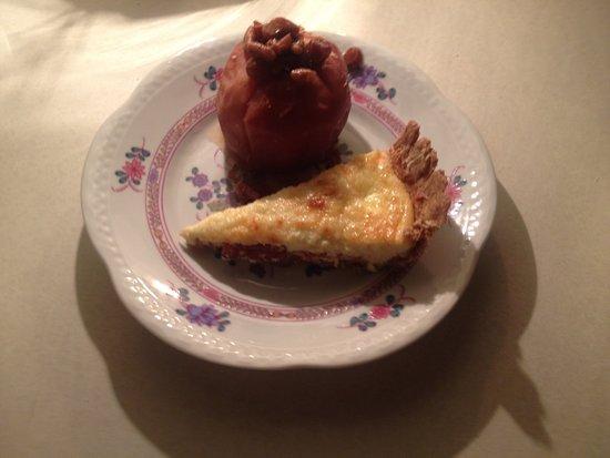 Dailey Renewal Retreat: Quiche Lorraine & spicy baked apple breakfast