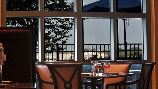 Renaissance Hotel Restaurant Menu Portsmouth Va