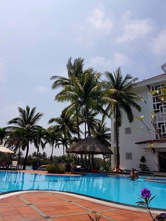 Hoi An Beach Resort: 20180317_112719_large.jpg