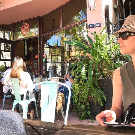 Restaurant A La Folie Miami Beach