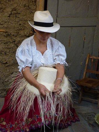 Homero Ortega: Weaving