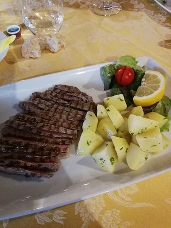 Cocquio-Trevisago, Italie : Tagliata di scottona
