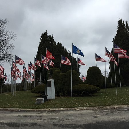 The Avenue of 444 Flags: photo0.jpg