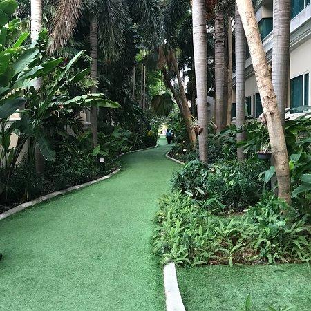 Grand Pacific Sovereign Resort & Spa: photo0.jpg