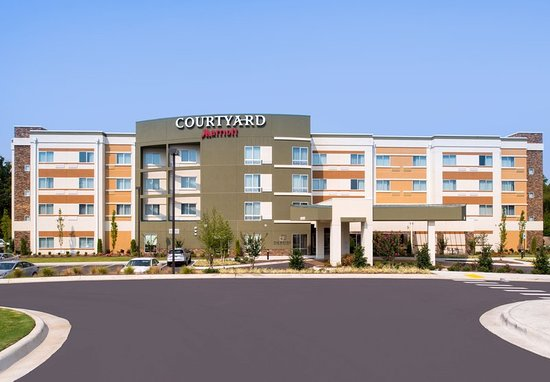 Courtyard by Marriott Hot Springs